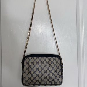 Vintage Gucci shoulder bag